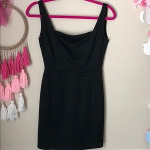 Classic little black dress XS